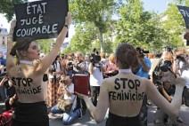 프랑스 파리서 페미사이드 중단 시위 벌어져