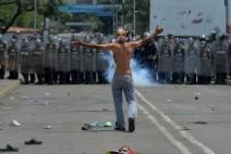 베네수엘라의 위기, 과도한 포퓰리즘의 폐해